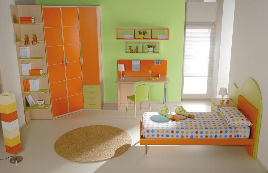 Cameretta Per Bambini Arancione Di Prenatal Ideare Casa Pictures to ...